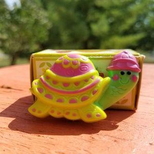🍁🍁Vintage AVON myrtle turtle pin pal fragrance